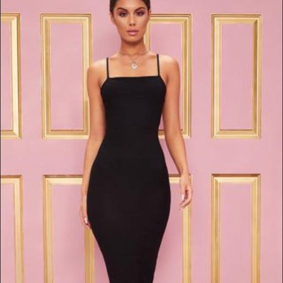 Dresses & Skirts - Midi Black Dress Size 0